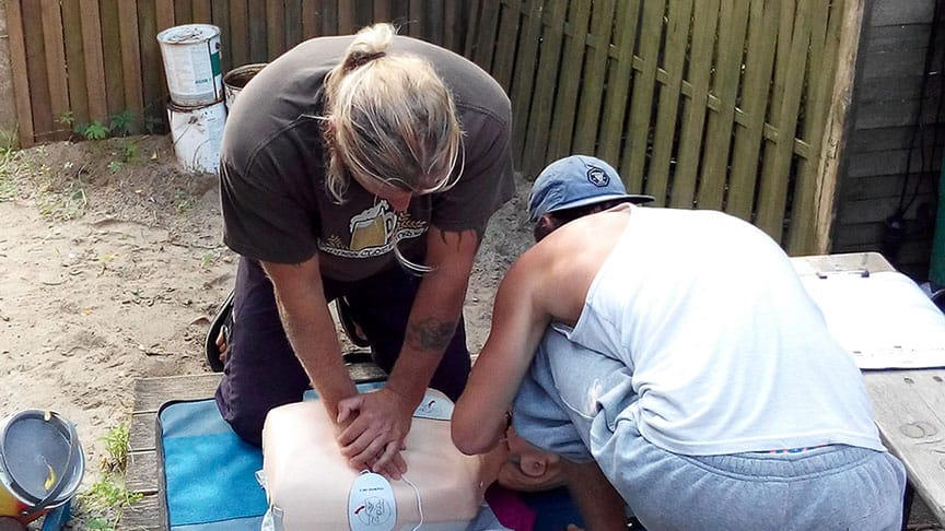 Medic First Aid / Erste-Hilfe-Kurs 1